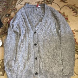 Gray knitted sweater, button up